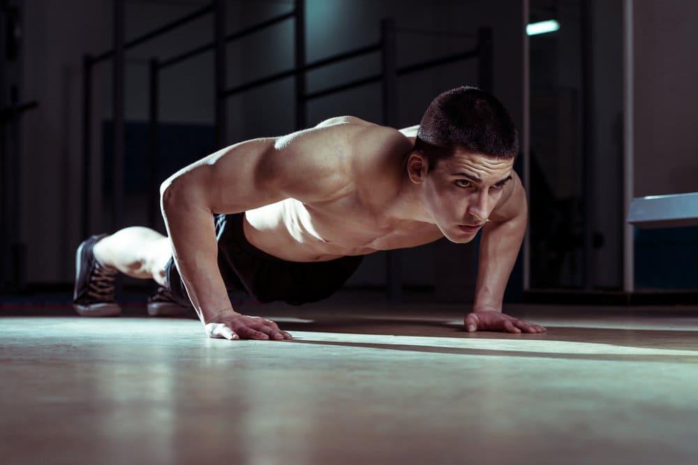 exercícios sem equipamento: flexão