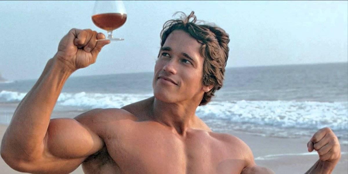 arnold schwarzenegger - bebida alcoolica