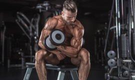 Use essa dica para construir seus bíceps em apenas 1 minuto