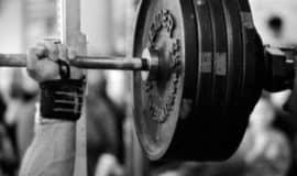 4 pensamentos comuns e totalmente equivocados sobre musculação